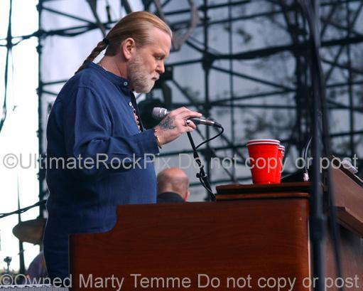 Photos of Gregg Allman of The Allman Brothers Playing a Goff Organ in Concert by Marty Temme