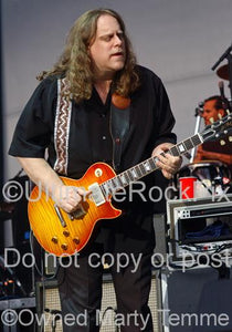 Photos of Guitarist Warren Haynes of The Allman Brothers Playing a Les Paul in Concert by Marty Temme