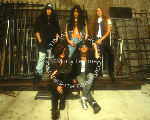 Photo of Stephen Pearcy and Arcade during a photo shoot in 1992 by Marty Temme
