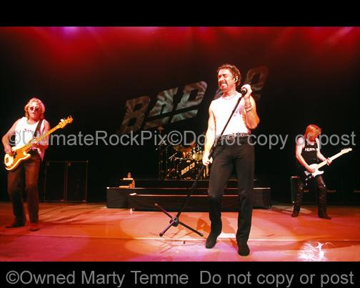 Photos of Paul Rodgers, Rick Wills and Dave Colwell of Bad Company in Concert in 2001 by Marty Temme