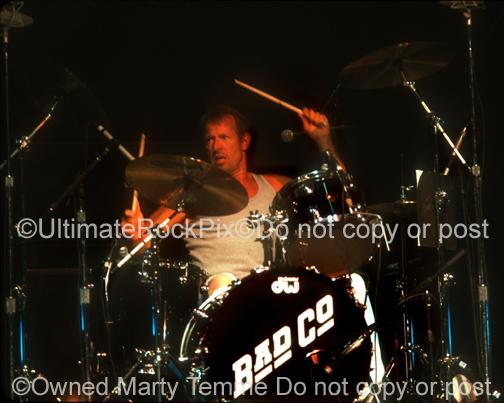 Photos of Drummer Simon Kirke of Bad Company in 2001 by Marty Temme