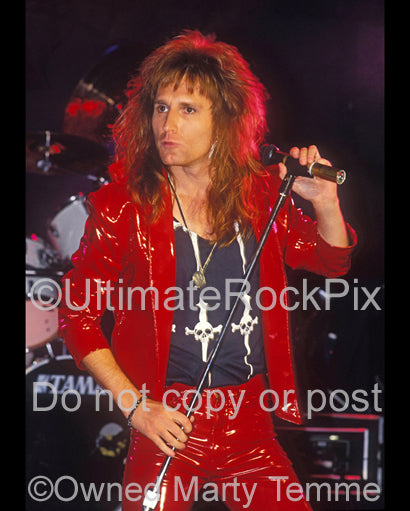 Photo of John Waite of Bad English and The Babys in concert in 1989 by Marty Temme