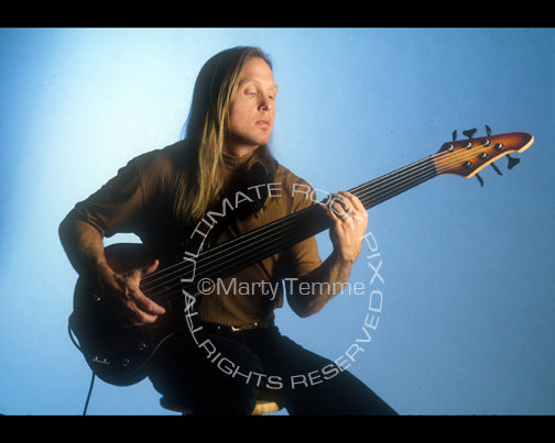 Photo of bass player Steve Bailey during a photo shoot by Marty Temme