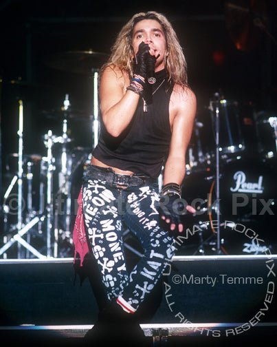 Photo of vocalist Marq Torien of BulletBoys in concert in 1989 by Marty Temme