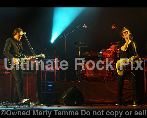 Photo of Joe Bonamassa and Glenn Hughes of Black Country Communion in concert by Marty Temme