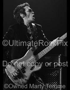 Photo of Glenn Hughes of Deep Purple and Black Country Communion in concert by Marty Temme