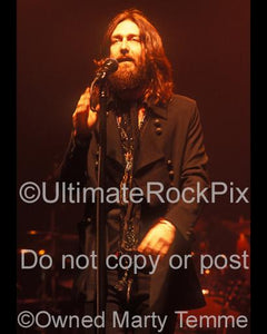 Photos of Singer Chris Robinson of The Black Crowes in Concert by Marty Temme