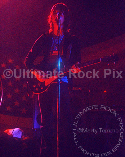 Photo of Jeff Beck and Beck, Bogert, Appice in concert in 1973 by Marty Temme