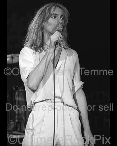 Photos of Robin Zander of Cheap Trick Performing Onstage in 1979 by Marty Temme