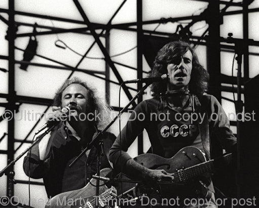 Photo of David Crosby and Graham Nash in concert in the 1970's - cnbw