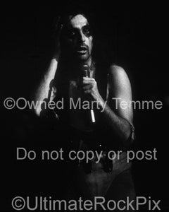 Black and White Photos of Alice Cooper in Concert in 1975 by Marty Temme