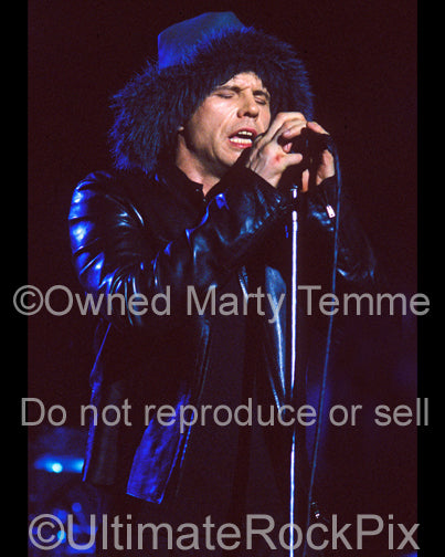 Photo of singer Ian Astbury of The Cult in concert by Marty Temme