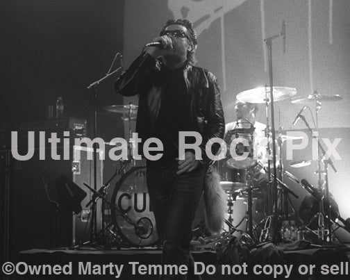 Black and white photo of Ian Astbury of The Cult in concert in 2007 by Marty Temme