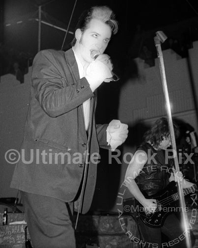 Photo of Dave Vanian of The Damned in concert in 1988 by Marty Temme