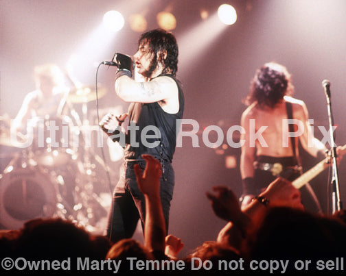 Photo of Glenn Danzig and Eerie Von of Danzig in concert in 1989 by Marty Temme