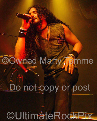 Photo of singer ZP Theart of Skid Row in concert in 2009 by Marty Temme