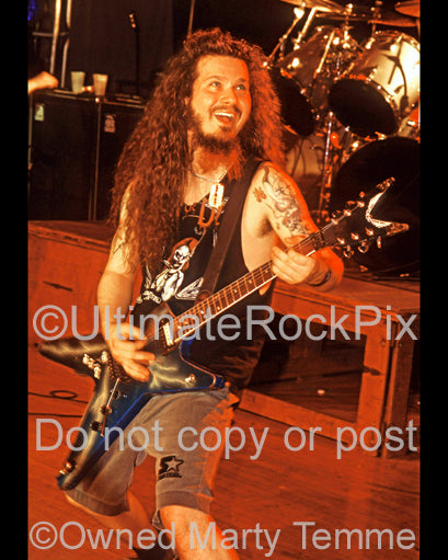 Photo of Diamond Darrell Abbott of Pantera in concert in 1994 by Marty Temme