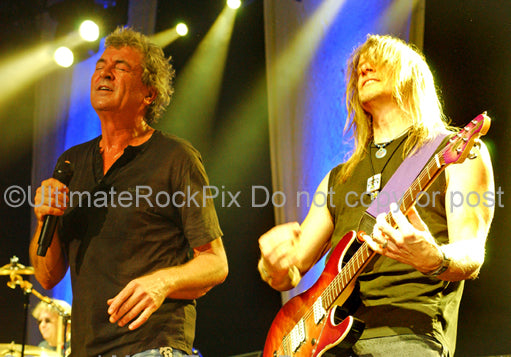 Photo of Ian Gillan and Steve Morse of Deep Purple in concert in 2007 by Marty Temme