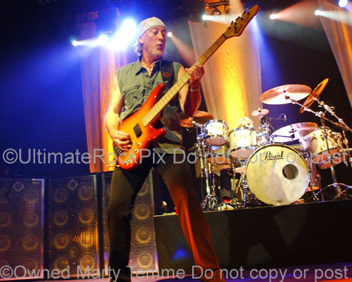 Photo of Roger Glover of Deep Purple in concert in 2007 by Marty Temme
