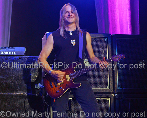 Photo of guitarist Steve Morse of Deep Purple in concert in 2007 by Marty Temme