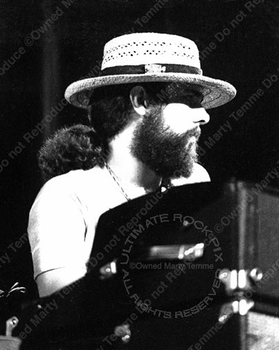 Photo of keyboardist Chuck Leavell of the Allman Brothers Band in concert in 1973 by Marty Temme
