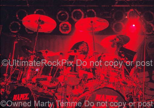 Photo of drummer Mike Portnoy of Dream Theater in concert in 1994 by Marty Temme