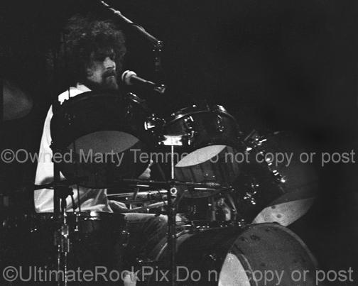 Photos of Don Henley of The Eagles in Concert in 1976 by Marty Temme