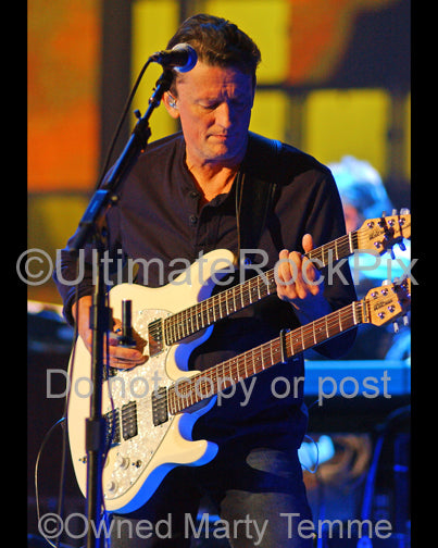 Photo of guitarist Steuart Smith in concert in 2008 by Marty Temme