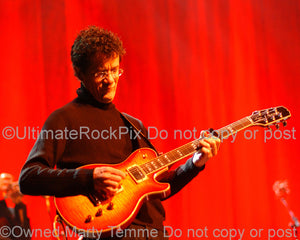 Photo of guitarist Jon Herington of Steely Dan in concert by Marty Temme