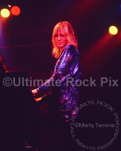 Photo of singer and keyboard player Christine McVie in concert in 1978 by Marty Temme