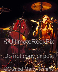 Photos of Dave Grohl of Nirvana Playing Tama Drums in Concert in 1991 by Marty Temme