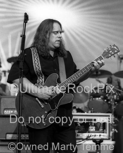 Black and white photos of Warren Haynes of The Allman Brothers and Gov't Mule by Marty Temme