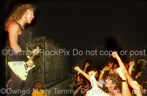 Photo of James Hetfield of Metallica in concert in 1989 by Marty Temme