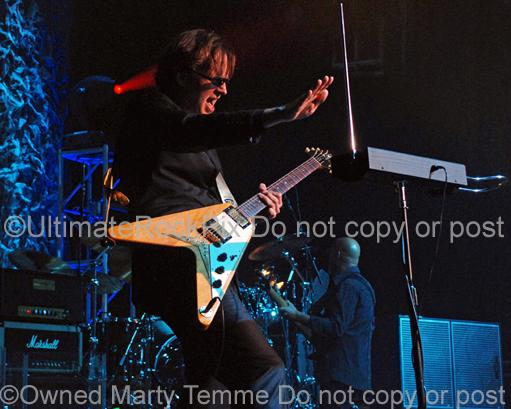 Photos of Joe Bonamassa Playing a Gibson Flying V and a Theremin in Concert by Marty Temme