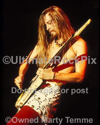 Photos of Guitar Player Jerry Cantrell of Alice In Chains in Concert in 1991 in Hollywood, California by Marty Temme