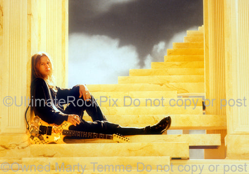 Photo of Jerry Cantrell of Alice In Chains during a photo shoot by Marty Temme