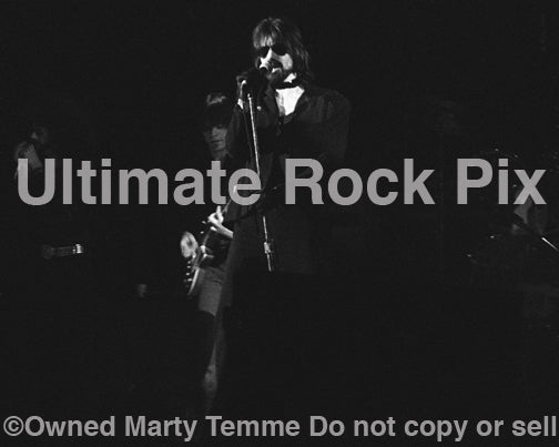 Photo of Peter Wolf of The J. Geils Band in concert in 1972 by Marty Temme
