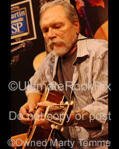 Photo of Jorma Kaukonen in concert in 2010 by Marty Temme