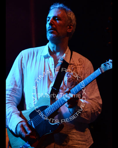Photo of guitar player Jeff Pevar in concert by Marty Temme