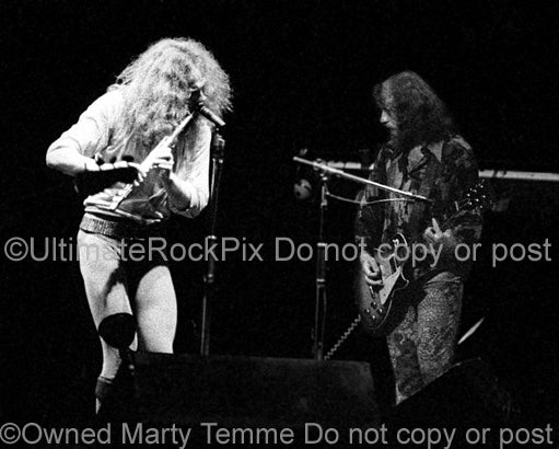 Black and white photo of Ian Anderson and Martin Barre of Jethro Tull in 1973 by Marty Temme