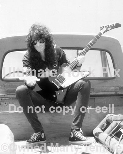 Photo of Bruce Kulick of Kiss during a photo shoot in 1993 by Marty Temme