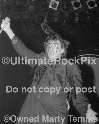Photo of Jaz Coleman of Killing Joke in concert in 1994 by Marty Temme