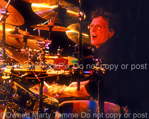 Photo of drummer Richie Hayward of Little Feat in concert in 2002 by Marty Temme