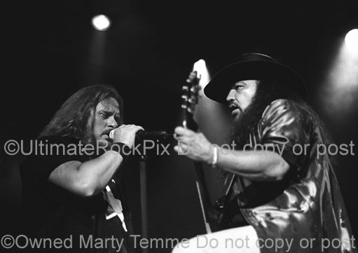 Photo of Johnny Van Zant and Gary Rossington of Lynyrd Skynyrd in 2002 by Marty Temme