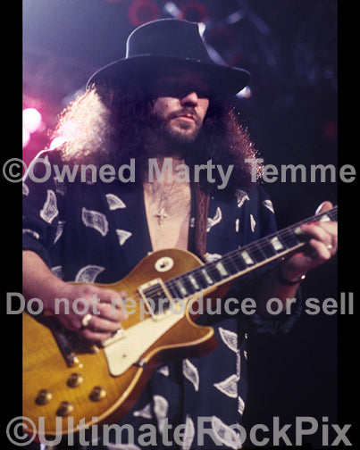 Photo of Gary Rossington of Lynyrd Skynyrd in 1991 by Marty Temme
