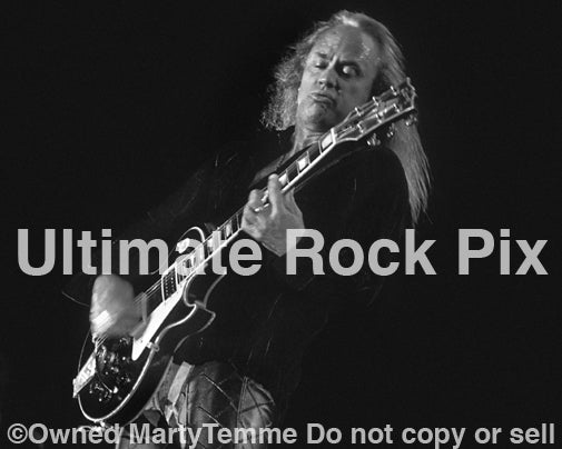 Photo of Rickey Medlocke of Lynyrd Skynyrd in 2002 by Marty Temme