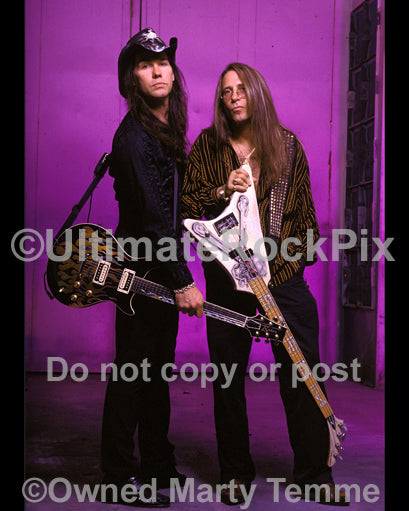 Photo of Mark Slaughter and Dana Strum of Slaughter during a photo shoot in 2003 by Marty Temme