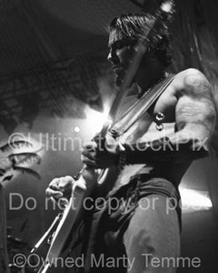 Black and white photo of guitarist Dave Navarro of Janes Addiction in concert in 2001 by Marty Temme
