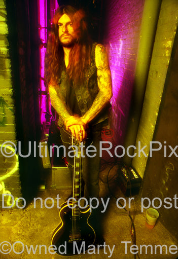 Photo of Scott Weinrich of The Obsessed with his Les Paul in 1994 by Marty Temme