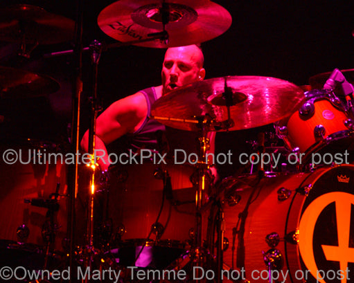 Photo of drummer Stephen Perkins of Janes Addiction and Panic Channel in concert by Marty Temme